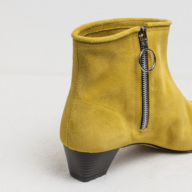 Blankens boot The La Brea Chartreuse. A shoe handmade in Portugal. Affordable luxury.