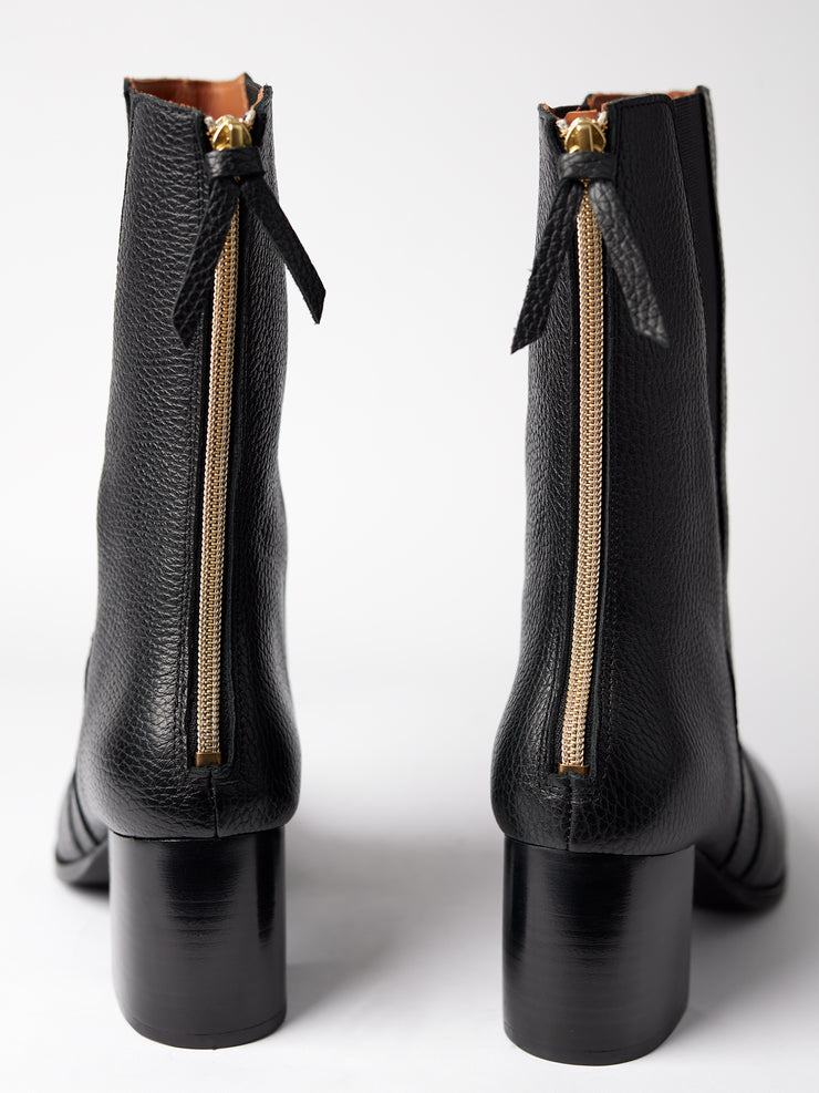 Blankens black boot The Diana. Made in Portugal. Yourblankens.