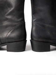 Blankens black boot The Jane in chrome-free vegetable tanned leather. Produced in Portugal. Yourblankens.