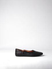 The Linn - Blankens shoes, plats, FW20. European made. Cgrome-free leather. Affordable luxury - sustainable style! Ypurblankens.