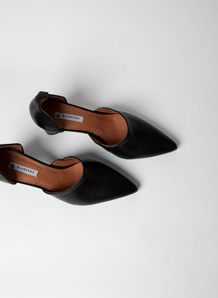 Blankens comfy heel The Riverside in black leather. Made in Portugal. Yourblankens.
