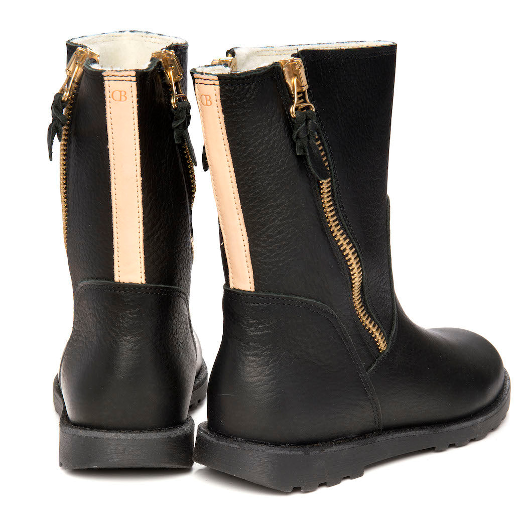 Blankes warm winter boot The Ygritte. Made from eco-friendlier vegetable tanned leather. Produced in Europe.