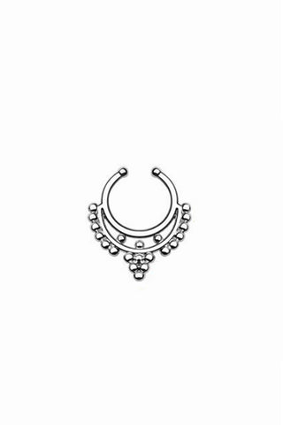 Zoe Silver Faux Septum Ring