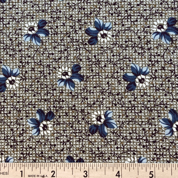 Townhouse Flower by Paula Barnes BOLT END 2 Yards