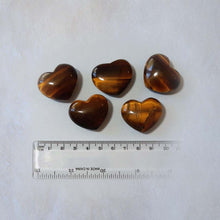 Load image into Gallery viewer, Tiger Eye Heart 30mm