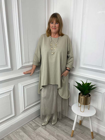 Envy Cut Out Heart Charm Bracelet - Gold
