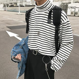 WM Relaxed Striped Turtleneck