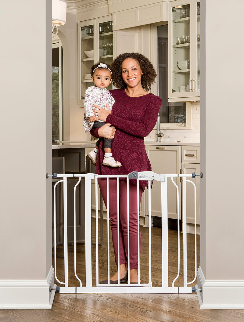 Easy Step® Extra Wide White Safety Gate