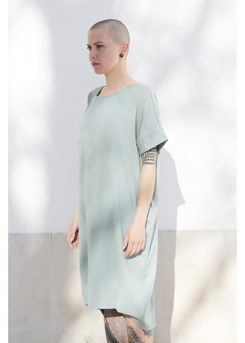 Dress Oversized Midi in Green Watercolor