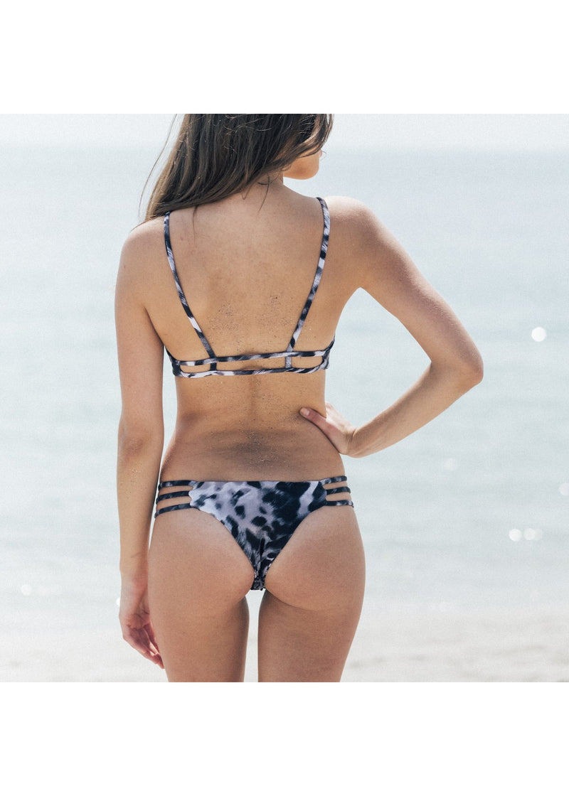 Thrill Bikini Bottom in Smokey Skin