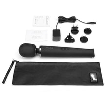 Load image into Gallery viewer, Le Wand Rechargeable Vibrating Wand Massager - Black