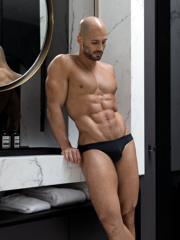Noir Micro Brief