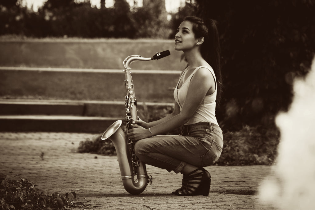 Start saxophone lessons, clarinet lessons, or flute lessons with Lucia Sarmiento, Teacher at Twin Town Guitars in Minneapolis.
