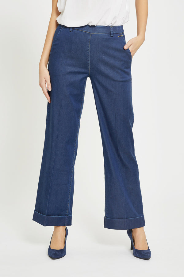 Phoebe Loose Crop - Medium Blue Denim
