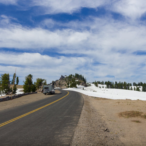 On the road in the rv on my way to Crater Lake RV Park