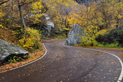 Smugglers Notch State Park Curved Road