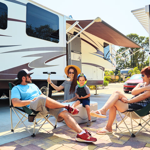 Sitting with the family at the rv park