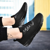 Men's  Fashion  Sneaker Casual POpular  shoes  low Light Breathable Air Mesh shoes  Men fashion Hot sale  High Quality sneakers