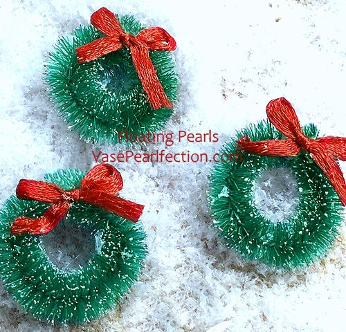 Floating Miniature Green Wreaths & Snow Winter Wonderland for Centerpieces
