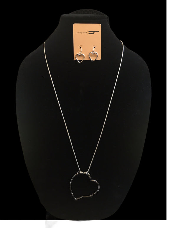 Silver Heart Necklace Set