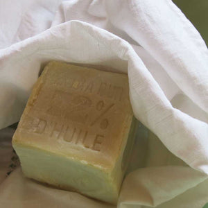 French Bliss sells Copra Oil Marseille Soap online. Perfect to wash delicate linen, especially for babies clothing as it is 100% natural. No allergies and eco-friendly. A must have in Australia.