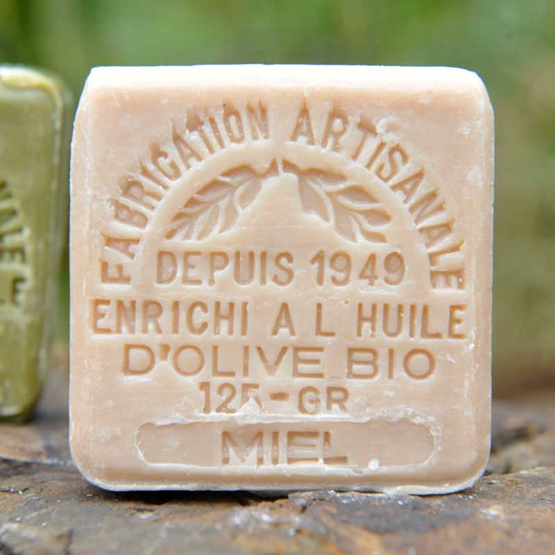 French Bliss is selling French soaps in Australia. Discover our organic range, enriched in organic olive oil. Honey, clay, lavender and donkey's milk.