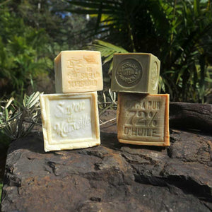 French Bliss sells French Traditional Marseille Soap cubes for your hair, body and linen online in Australia. 100% natural and eco-friendly. White Cube soap exists in 300g and 150 g, with Copra oil or Olive oil.