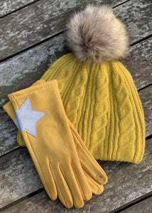 Faux Suede Gloves With Applique Star - Mustard - LavenderLime