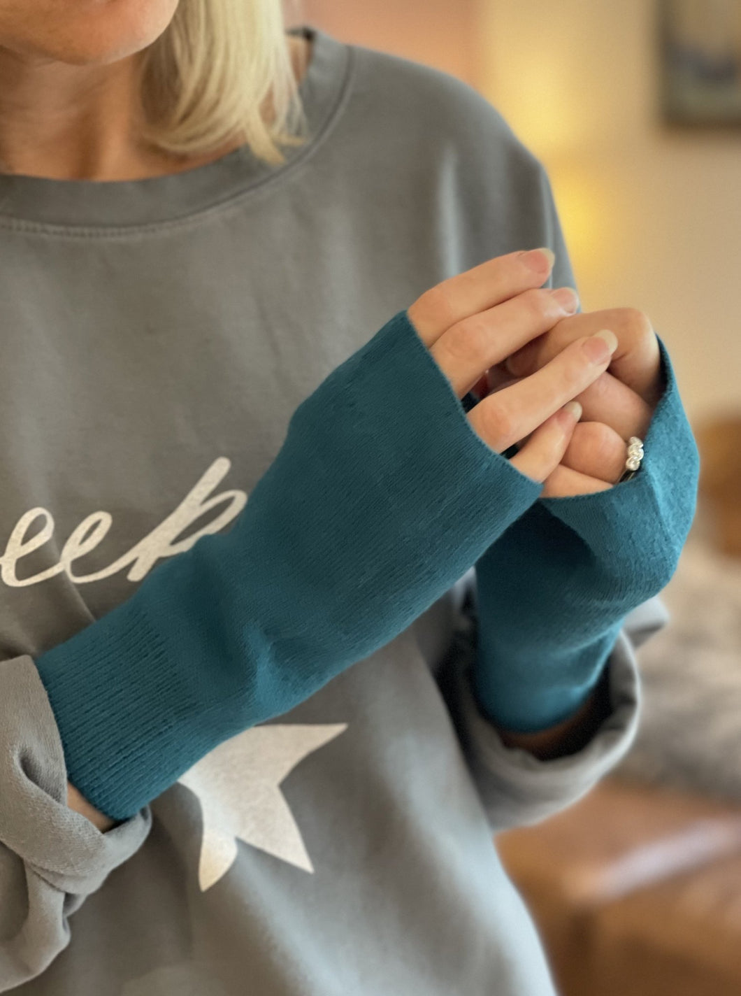 Fine Knitted Fingerless Gloves - Teal - LavenderLime