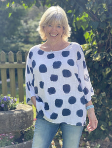 Pattern Cotton Top - White And Navy Blue Dots - LavenderLime
