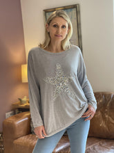 Load image into Gallery viewer, Sequin Star Knitted Top - Pale Grey - LavenderLime