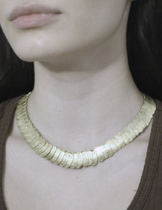 Overlap necklace