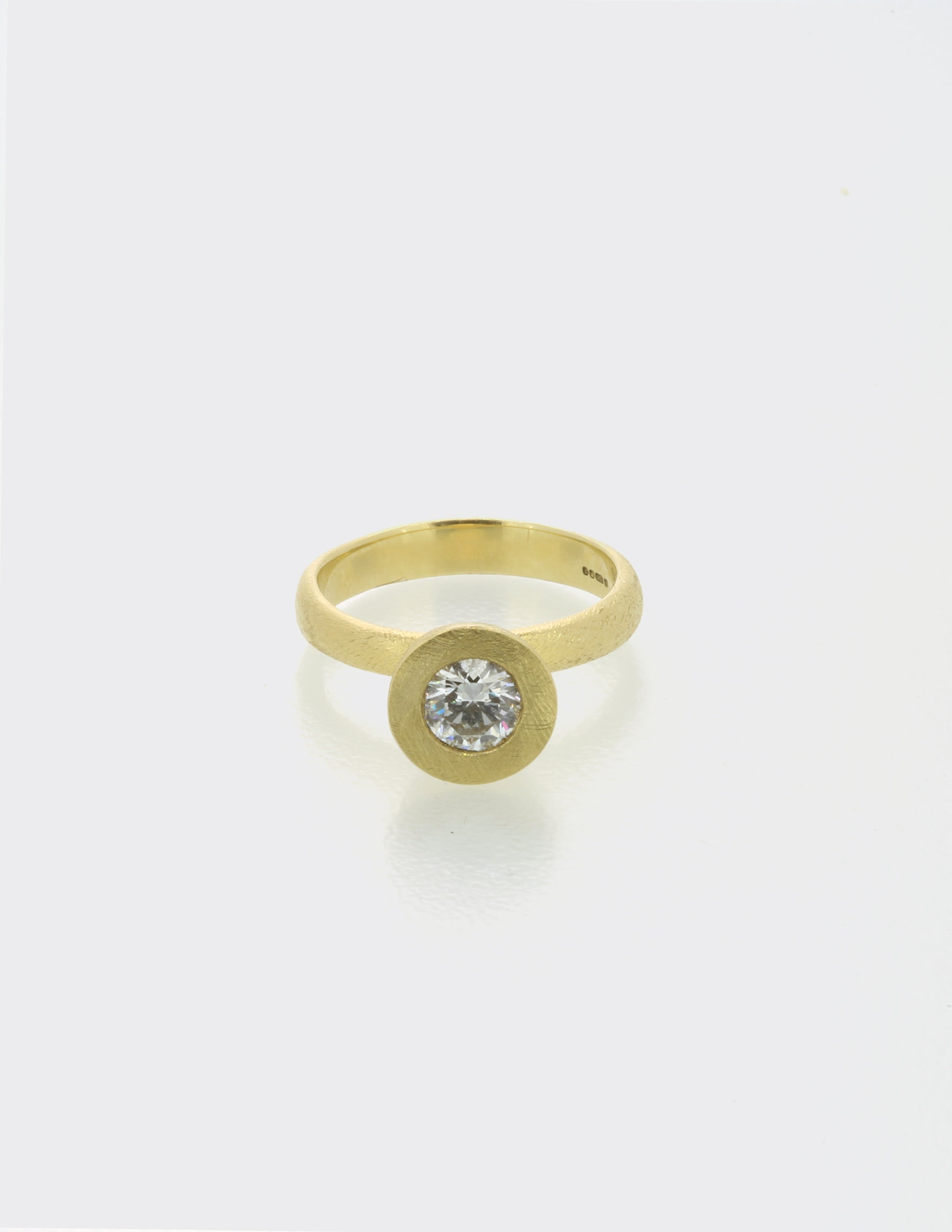 Cone ring with round diamond