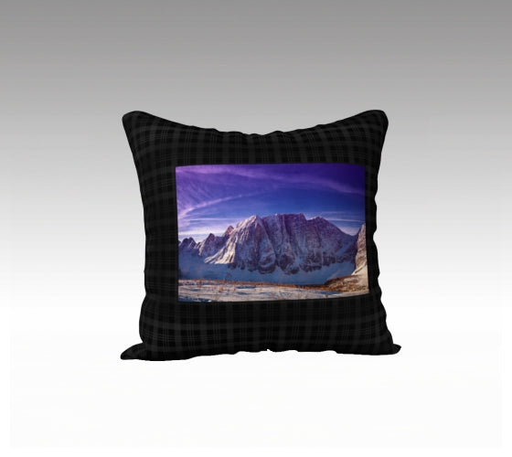 Rockwall Pillow Cover
