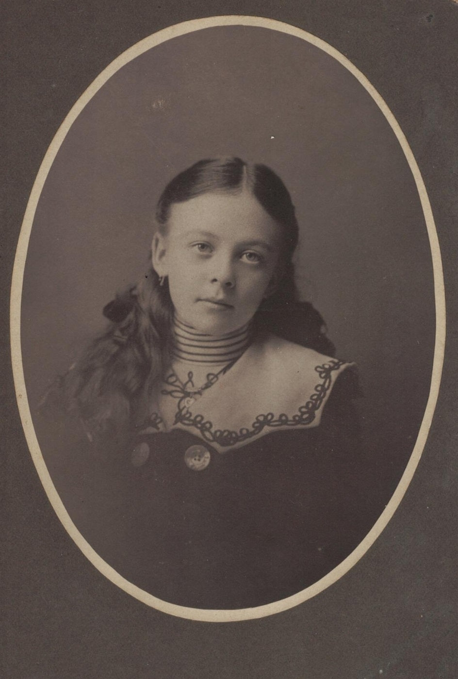 Very Pretty Young Girl Antique Cabinet Card Photograph