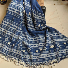 Load image into Gallery viewer, Navy blue Cotton Bhujodi