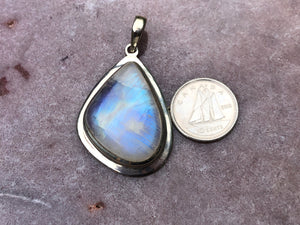Rainbow moonstone pendant 6