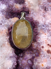 Load image into Gallery viewer, Rutilated Quartz pendant 2