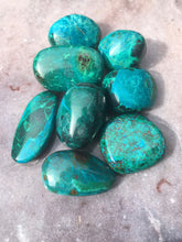 Load image into Gallery viewer, Chrysocolla tumbled
