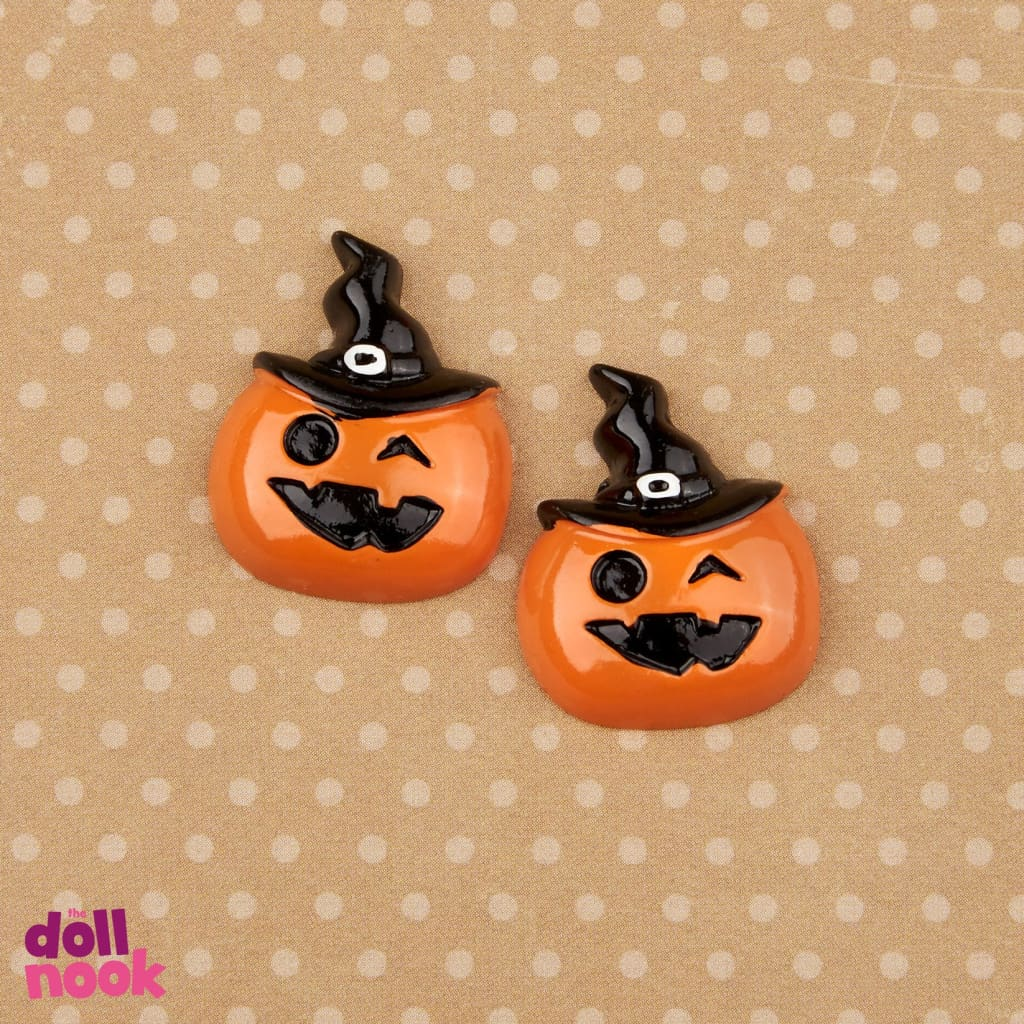 2 pumpkin wearing witch hats, resin, 18 inch doll food