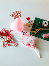 Load image into Gallery viewer, {Pre-Order} Valentine Balloon Wand