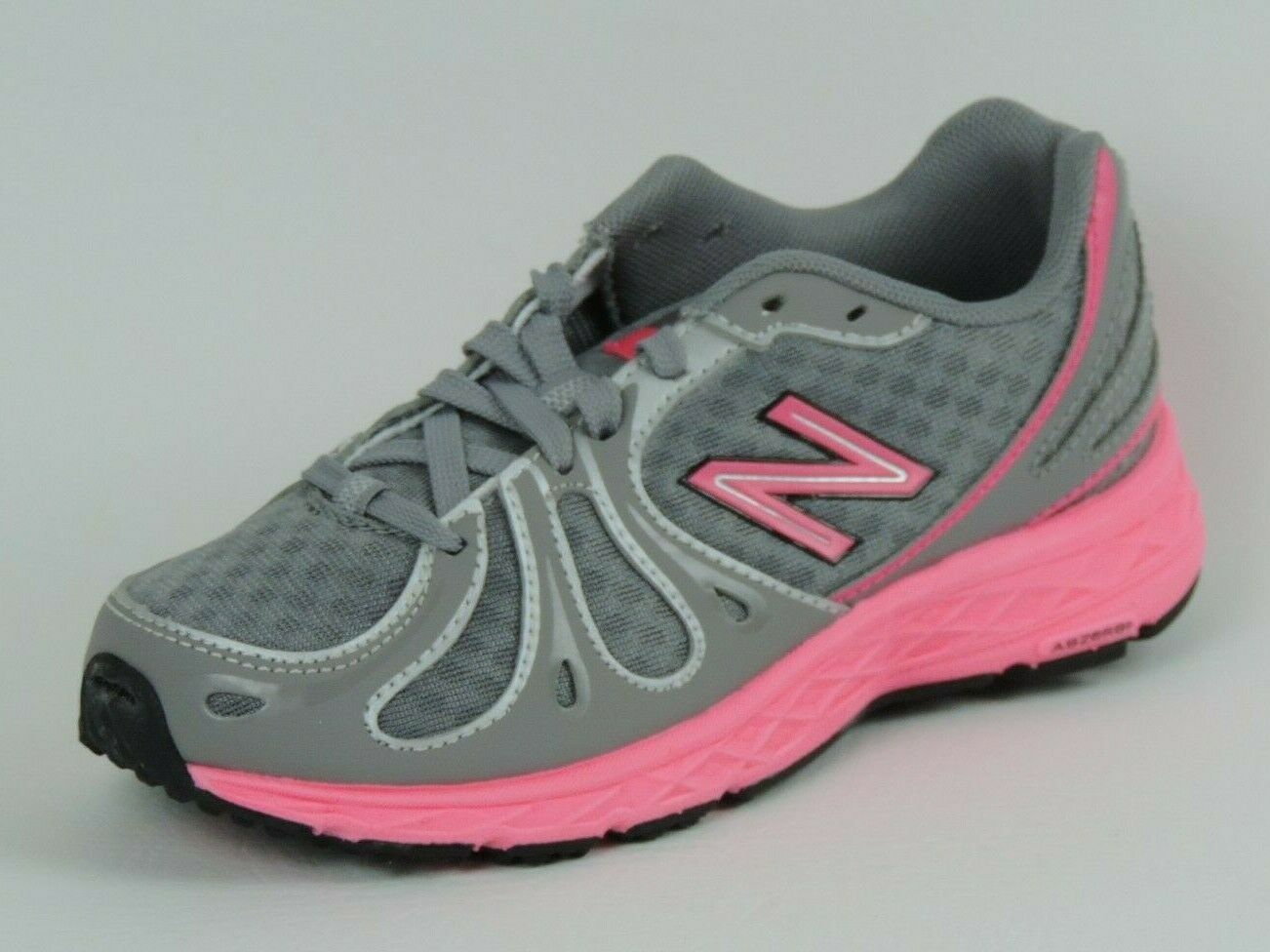 New Balance KJ890GPP/GOP Girls Shoes Running Course Pink Mesh Grey Dead Stock