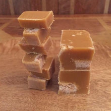 Load image into Gallery viewer, Ginger Nut Biscuit Fudge