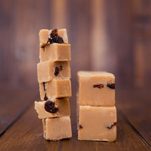 Load image into Gallery viewer, Rum and Raisin Fudge
