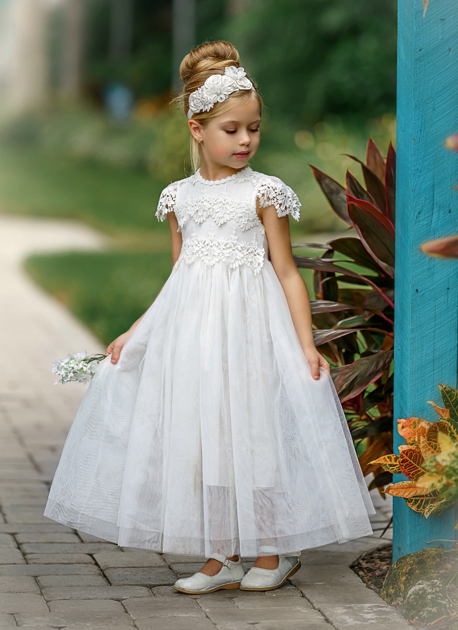 Finding the Perfect Dress for Your Flower Girl - Pink Is