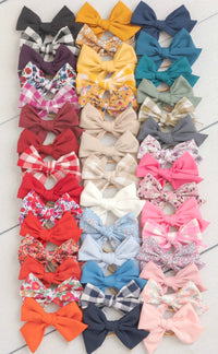 Rylie Bow Medium Hair Clips - 47 Styles
