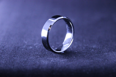 Polished silver tungsten ring