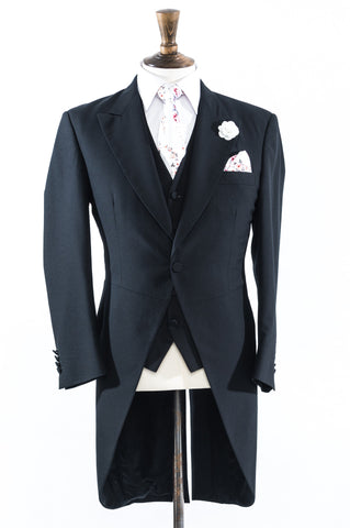 Black Fitted Tails: Unbelievable Value Hire This Complete Outfit for Only £80!