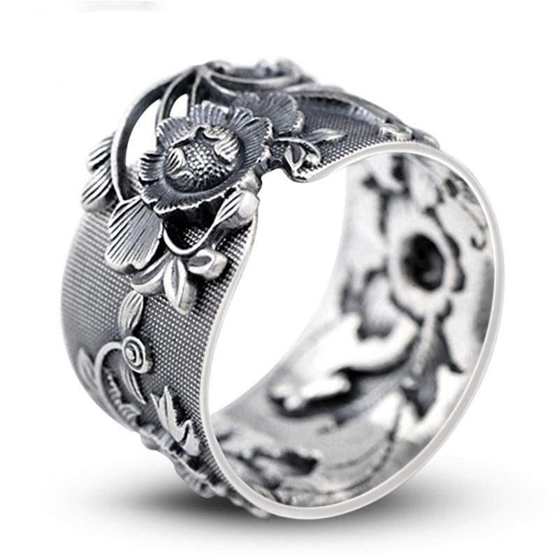 Vintage Flowers </br> Japanese Ring