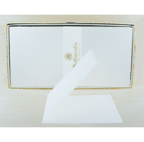 406L Medioevalis Deckled Edge Cream Folded Cards